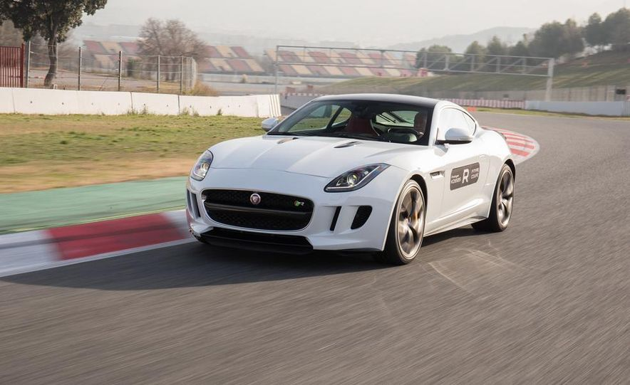 2015 Jaguar F-type R coupe - Slide 8