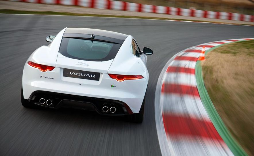2015 Jaguar F-type R coupe - Slide 13