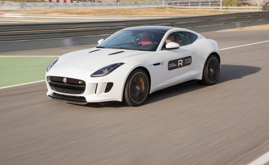 2015 Jaguar F-type R coupe - Slide 19