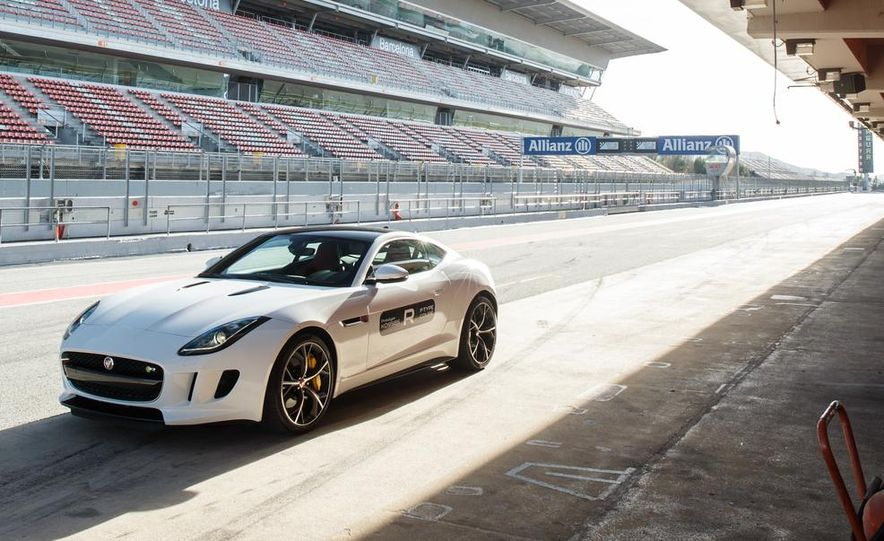 2015 Jaguar F-type R coupe - Slide 20