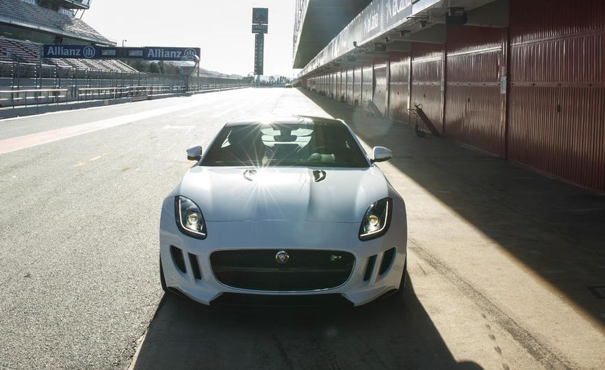 2015 Jaguar F-type R coupe - Slide 21