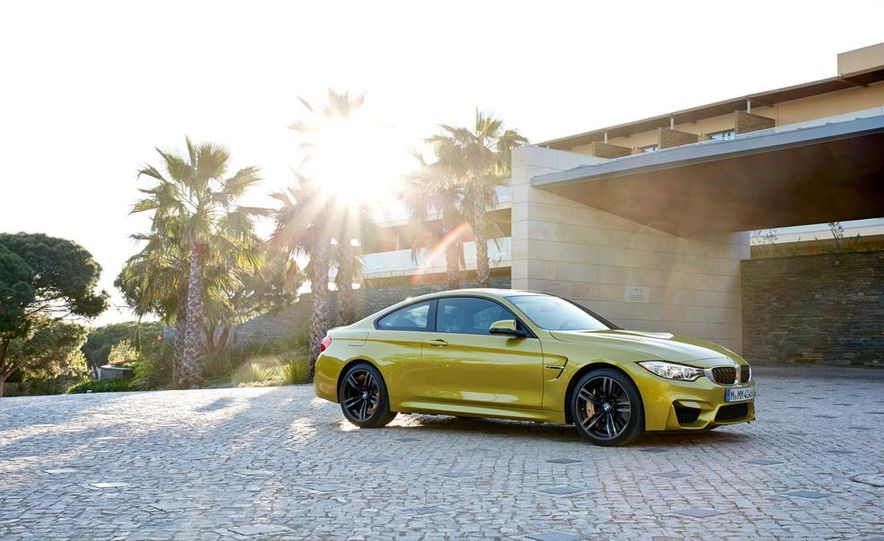 2015 BMW M4 coupe - Slide 16