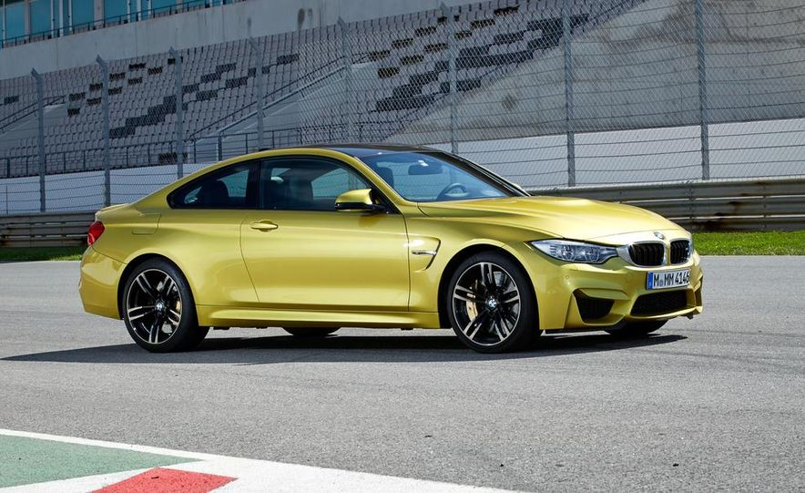 2015 BMW M4 coupe - Slide 22