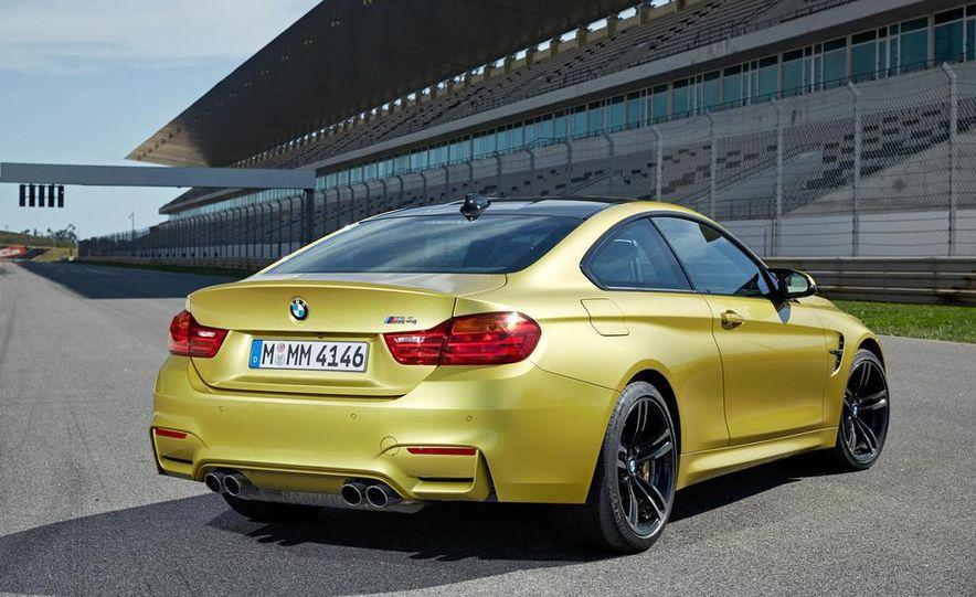 2015 BMW M4 coupe - Slide 25