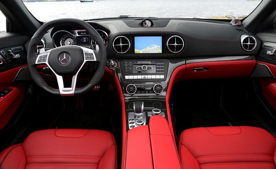 2014 Mercedes-Benz SL63 AMG - Slide 21