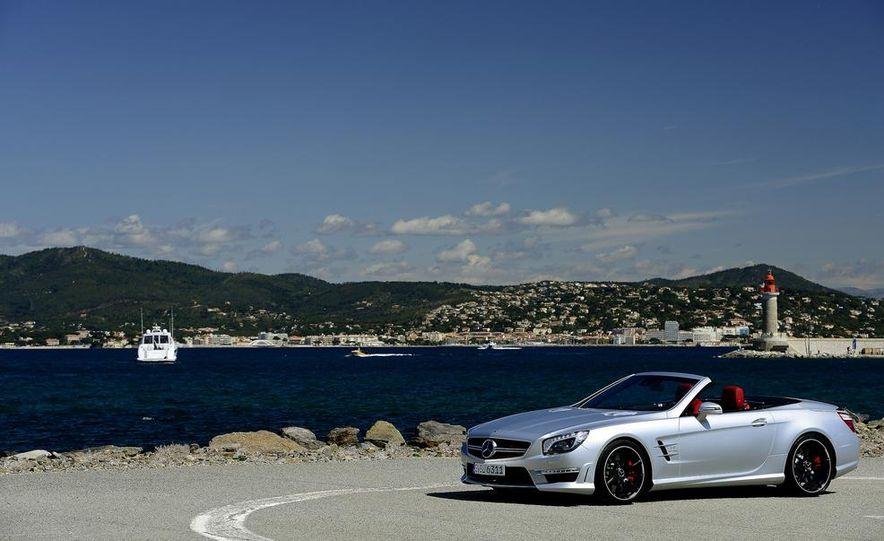 2014 Mercedes-Benz SL63 AMG - Slide 13