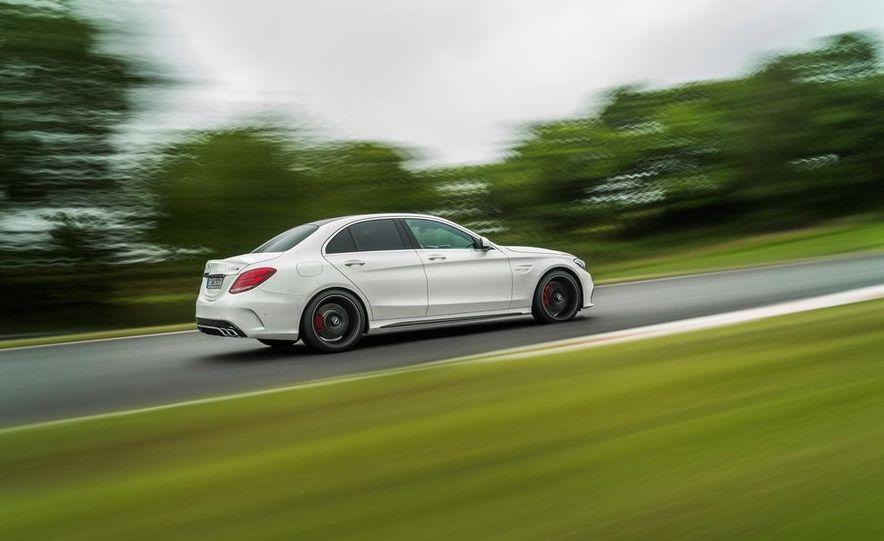 2015 Mercedes-AMG C63 S-Model - Slide 20