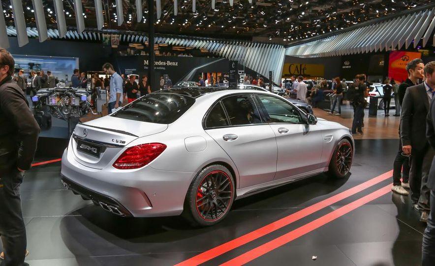 2015 Mercedes-AMG C63 S-Model - Slide 7