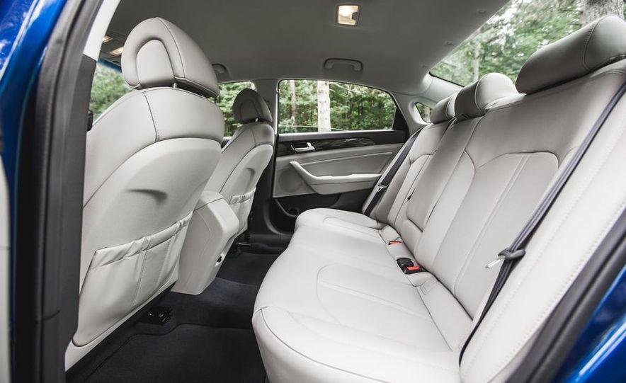 2015 Hyundai Sonata 1.6L Eco - Slide 30