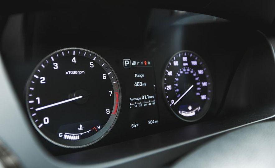 2015 Hyundai Sonata 1.6L Eco - Slide 33