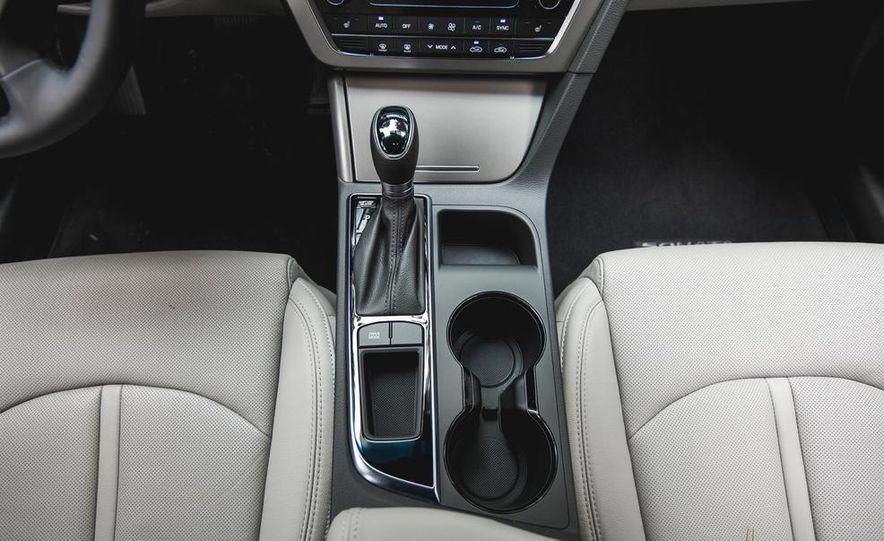 2015 Hyundai Sonata 1.6L Eco - Slide 38