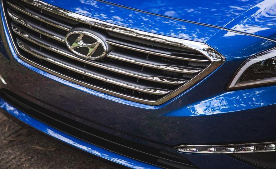 2015 Hyundai Sonata 1.6L Eco - Slide 12
