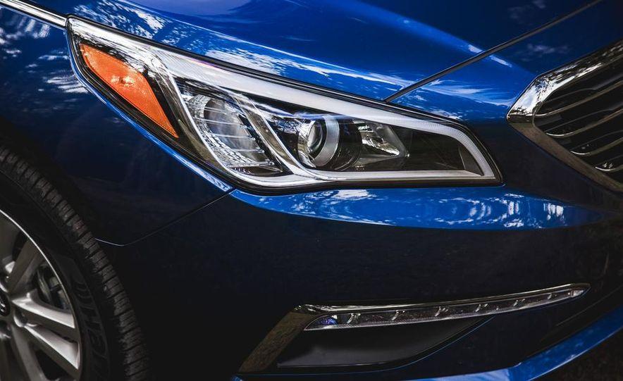 2015 Hyundai Sonata 1.6L Eco - Slide 13