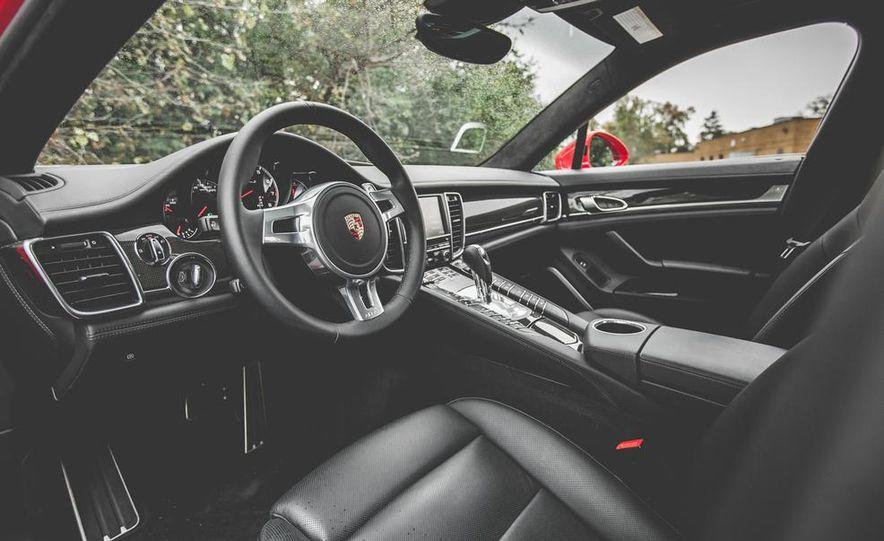 2014 Porsche Panamera Turbo S Executive - Slide 21