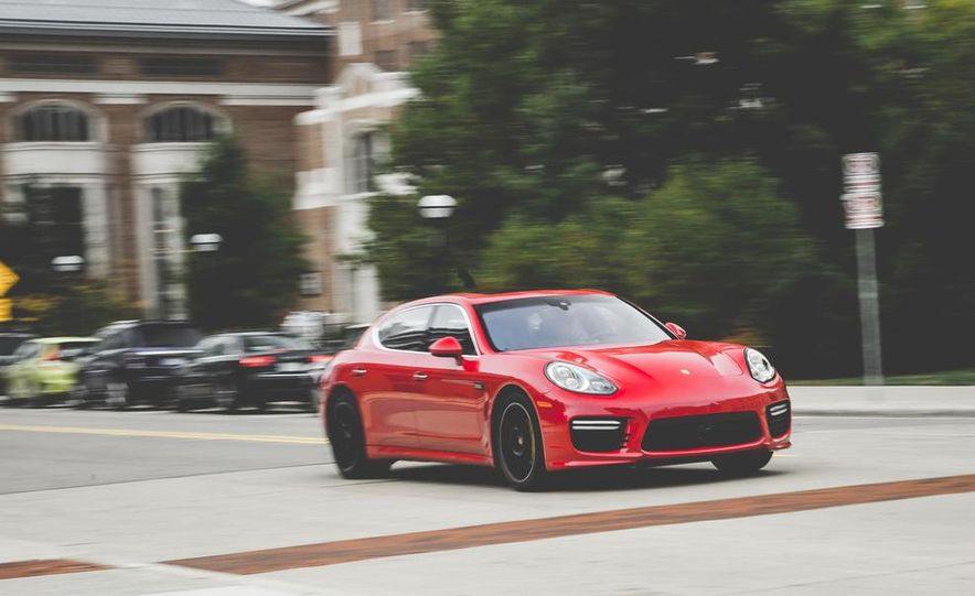 2014 Porsche Panamera Turbo S Executive - Slide 1
