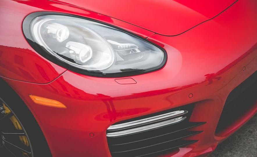 2014 Porsche Panamera Turbo S Executive - Slide 14