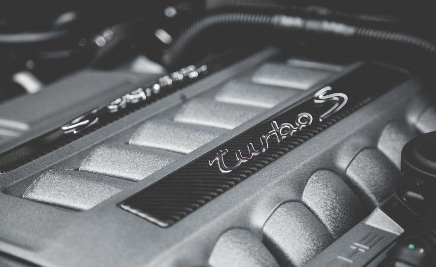 2014 Porsche Panamera Turbo S Executive - Slide 41