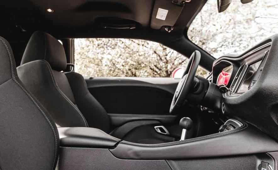 2015 Dodge Challenger R/T Scat Pack - Slide 29
