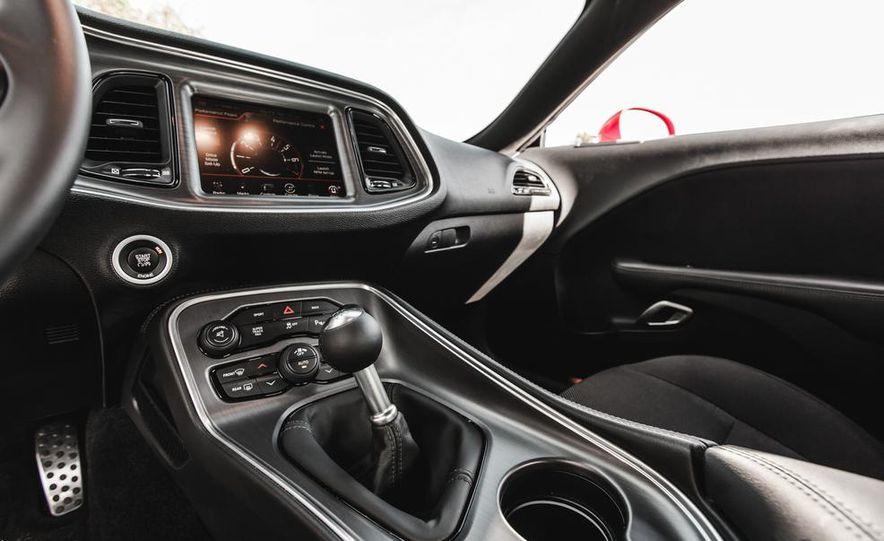 2015 Dodge Challenger R/T Scat Pack - Slide 38