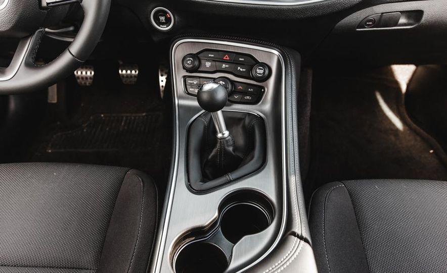 2015 Dodge Challenger R/T Scat Pack - Slide 44