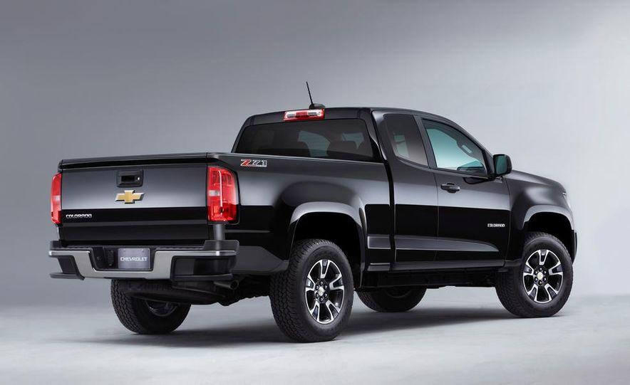 2015 Chevrolet Colorado Z71 - Slide 38