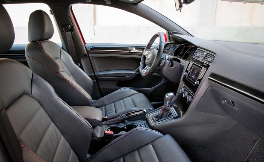 2015 Volkswagen GTI 5-door - Slide 31