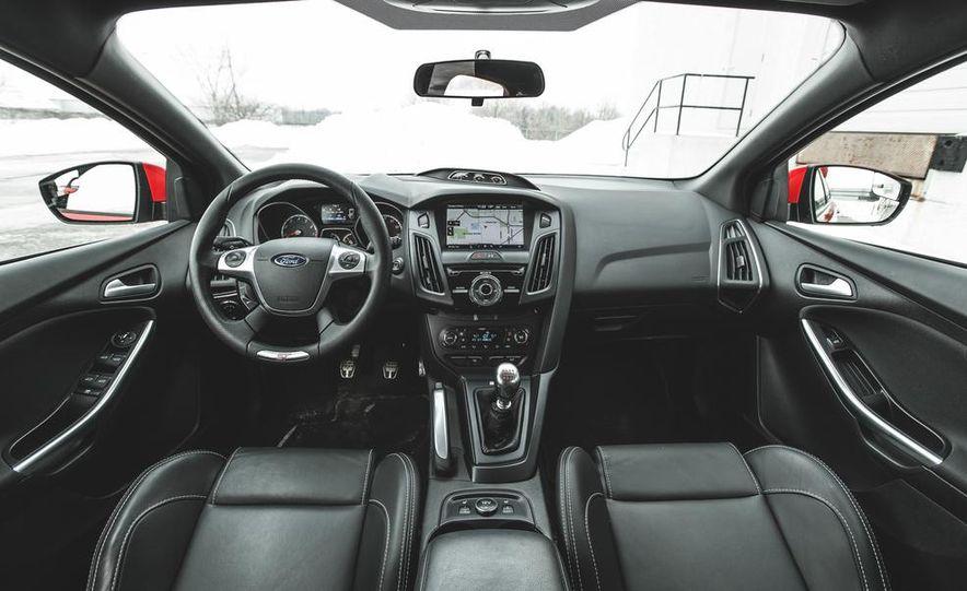 2014 Ford Focus ST - Slide 17