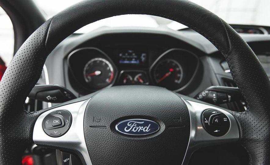 2014 Ford Focus ST - Slide 22