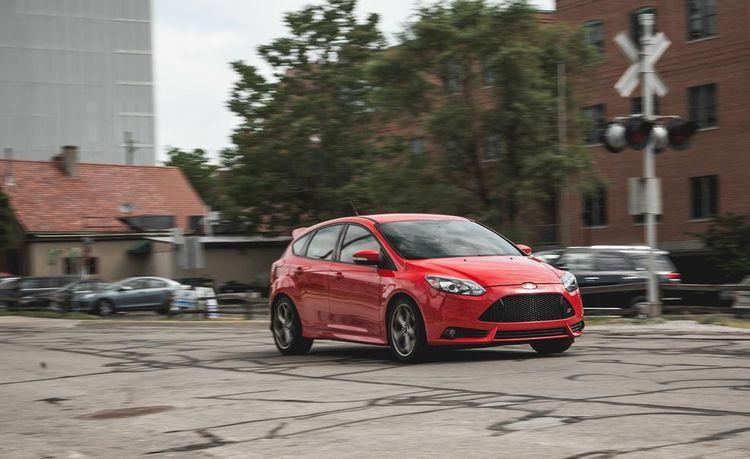 Lightning Lap 2014: Ford Focus ST