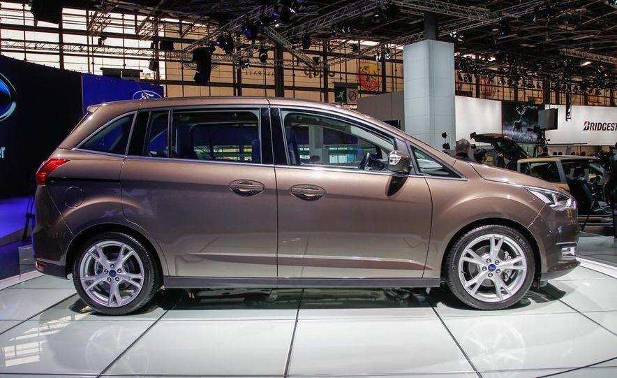 2016 Ford Grand C-Max - Slide 5