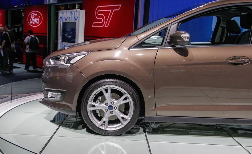 2016 Ford Grand C-Max - Slide 9