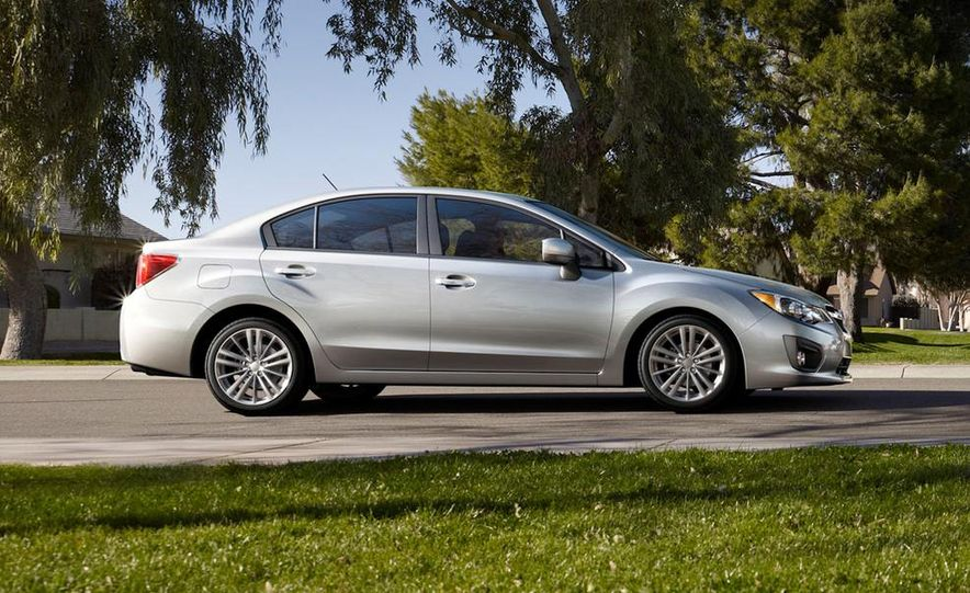 2015 Subaru Impreza hatchback and sedan - Slide 11