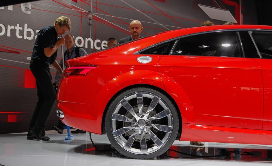 Audi TT Sportback concept - Slide 21