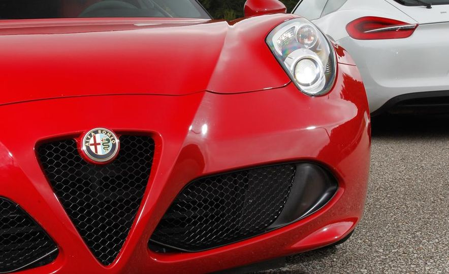 2015 Alfa Romeo 4C and 2014 Porsche Cayman - Slide 18