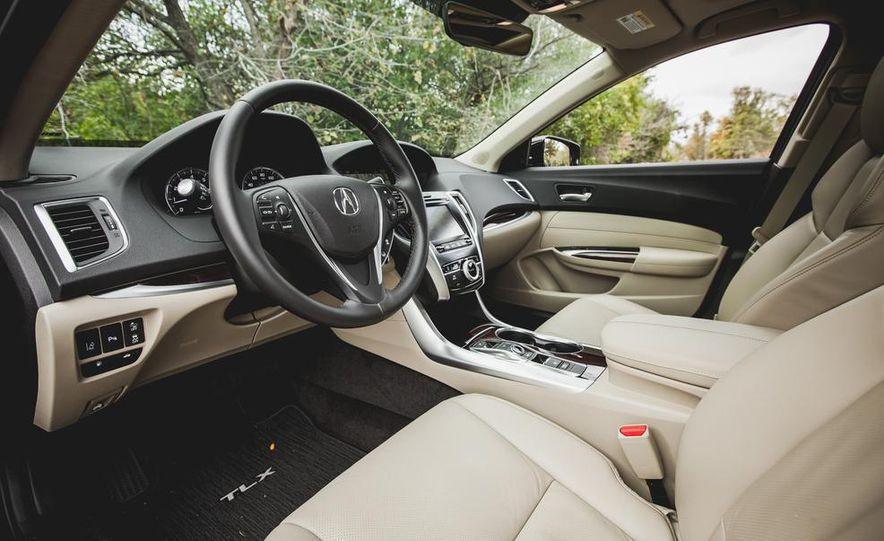 2015 Acura TLX 3.5L FWD - Slide 17