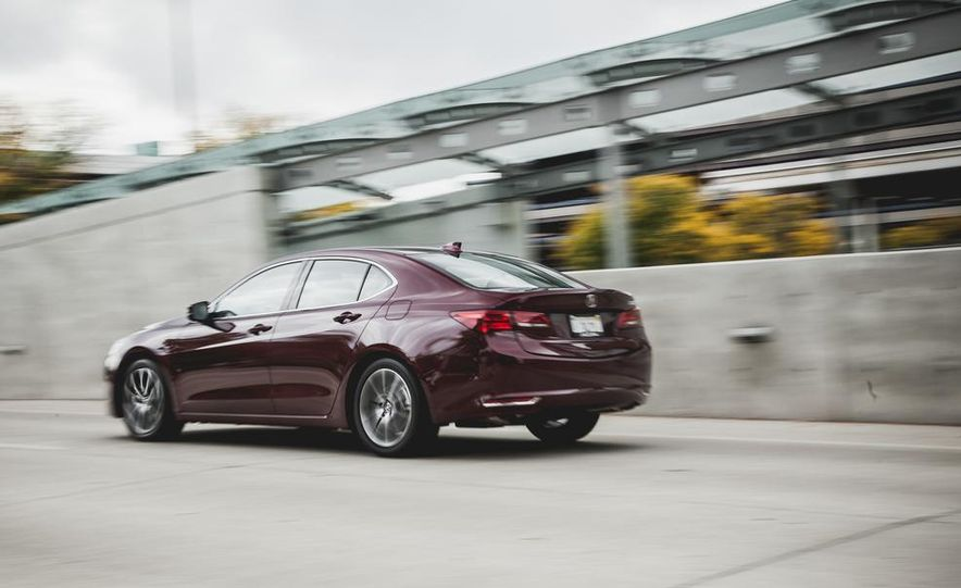 2015 Acura TLX 3.5L FWD - Slide 7