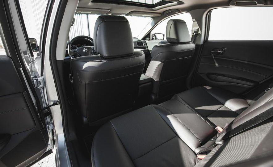 2015 Acura ILX 2.0L - Slide 21
