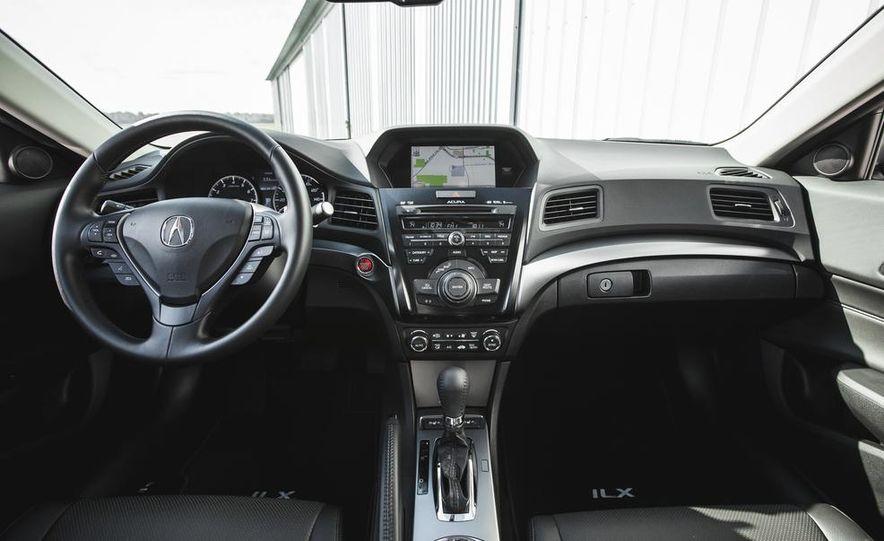 2015 Acura ILX 2.0L - Slide 24