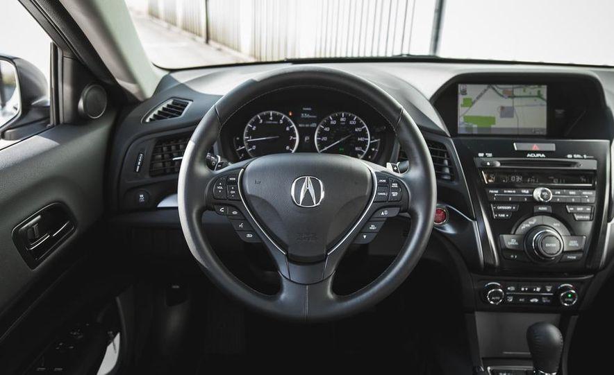 2015 Acura ILX 2.0L - Slide 25