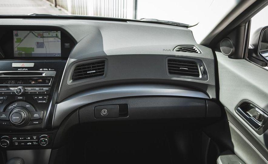 2015 Acura ILX 2.0L - Slide 27