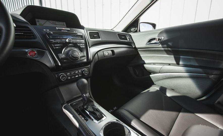 2015 Acura ILX 2.0L - Slide 28
