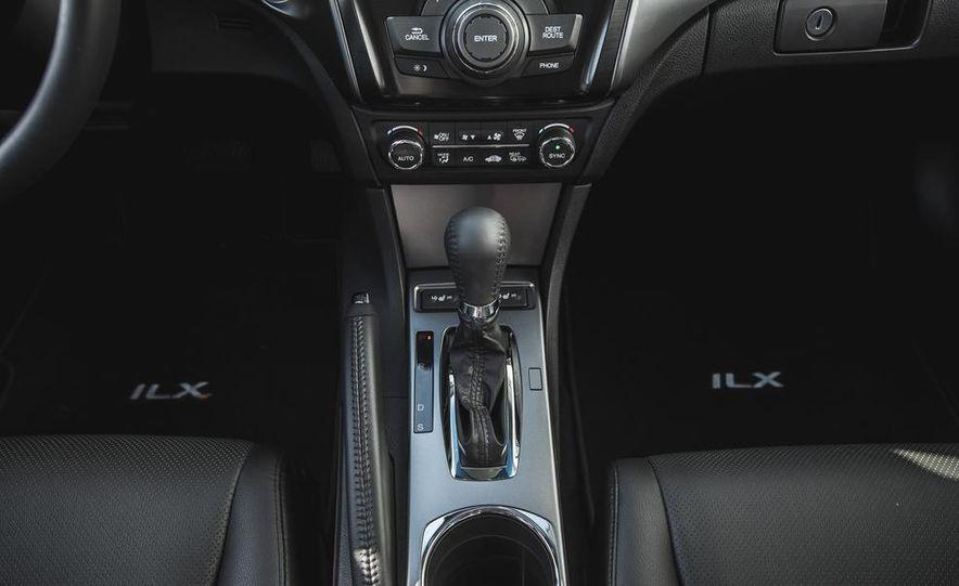 2015 Acura ILX 2.0L - Slide 29