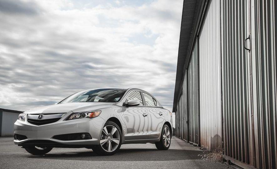 2015 Acura ILX 2.0L - Slide 11