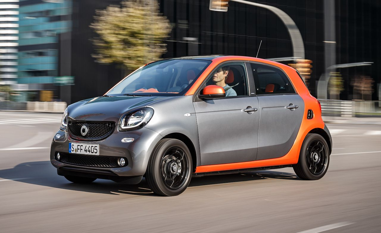 2015 smart forfour first drive review car and driver. Black Bedroom Furniture Sets. Home Design Ideas