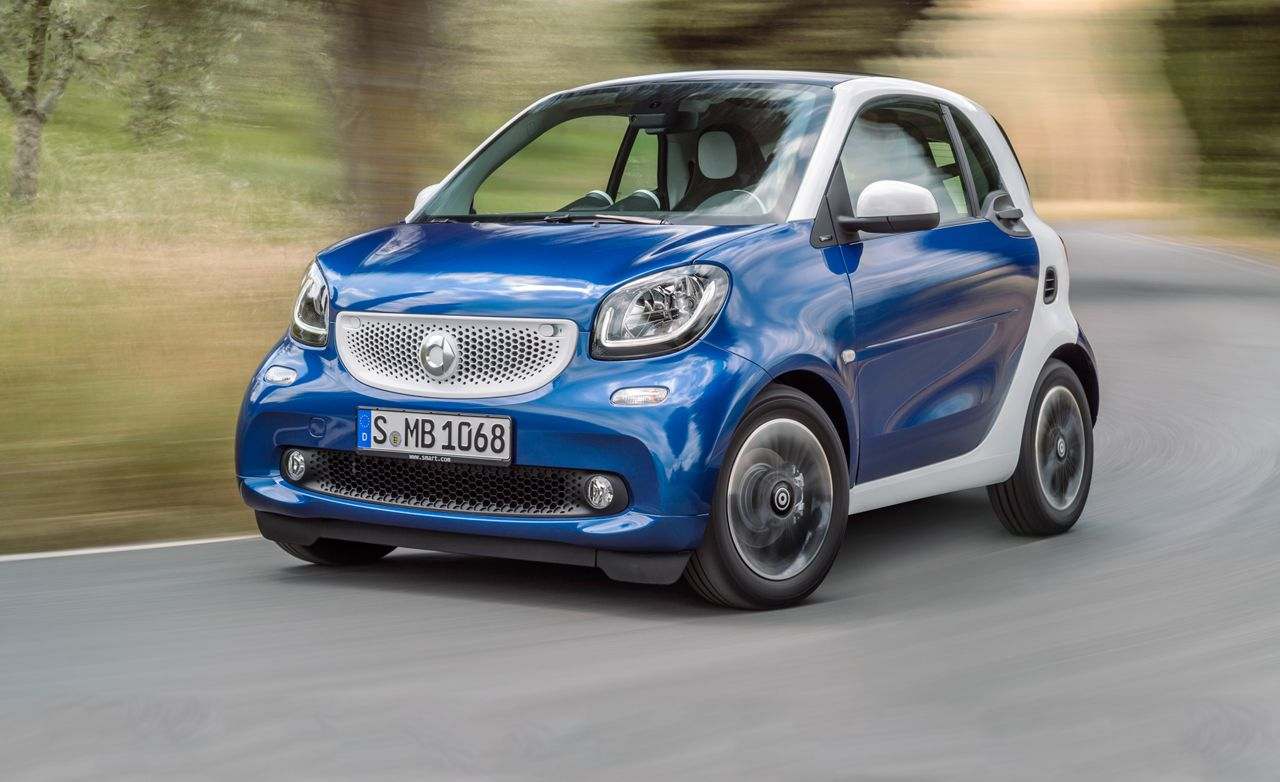 2016 smart fortwo first drive review car and driver rh caranddriver com 2008 Smart Fortwo Smart Forfour