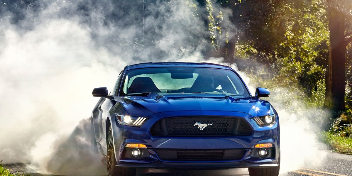 Ford Mustang GT: 2015 10Best Cars
