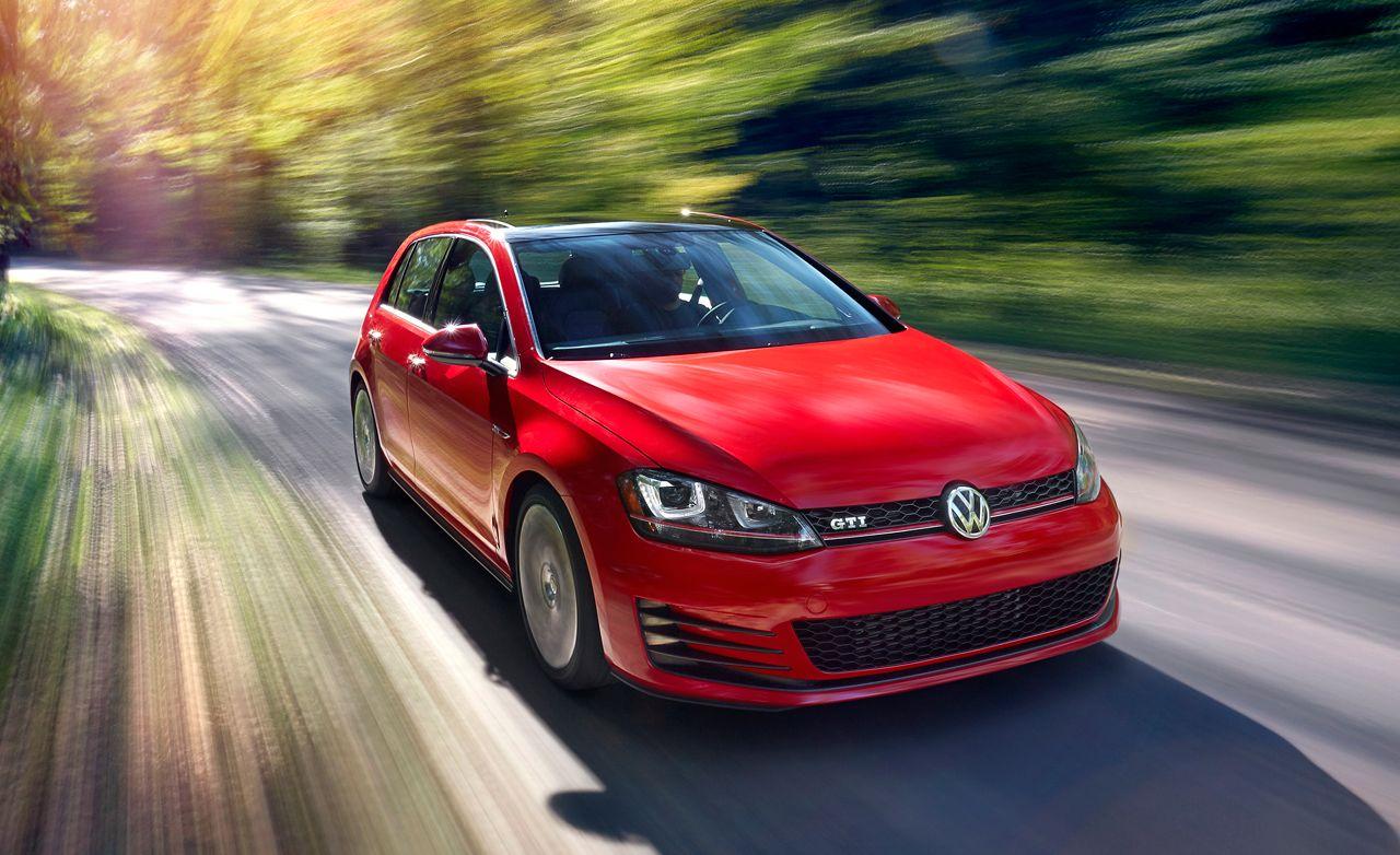Volkswagen Golf / GTI: 2015 10Best Cars