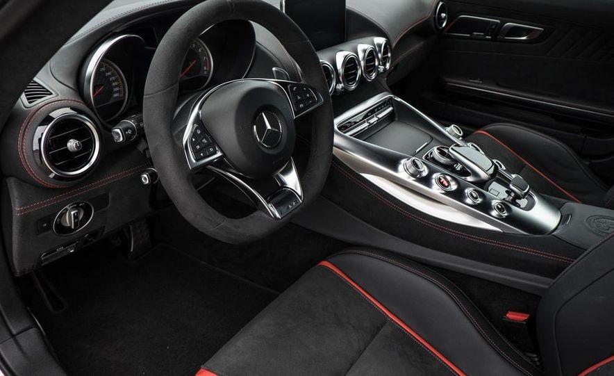 2016 Mercedes-AMG GT S - Slide 41