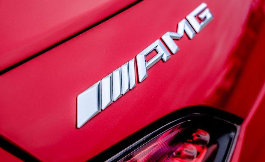 2016 Mercedes-AMG GT S - Slide 38