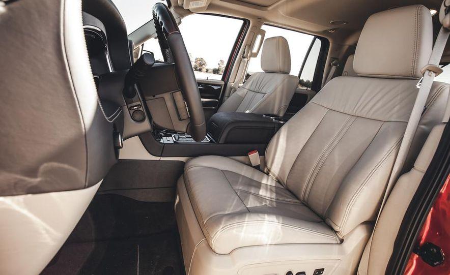 2015 Lincoln Navigator - Slide 27